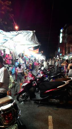 Tay Do Night Market