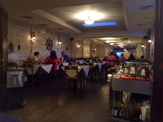 Telly's Taverna
