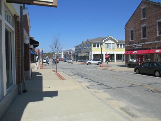 Mashpee Commons