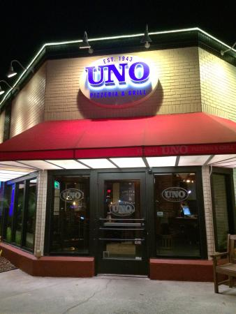 Picture of pizzeria uno chicago bar grill for Pizzeria uno chicago