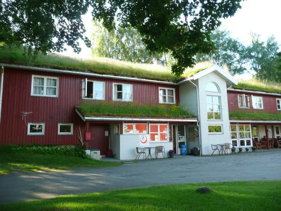 Andalsnes Vandrerhjem : Hostel building