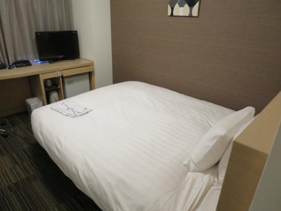 Daiwa Roynet Hotel Sendai : ベッド