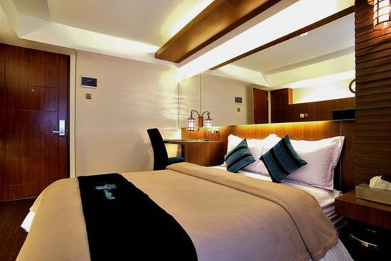 Madrix Hotel