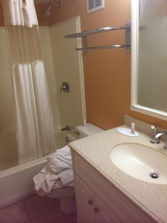 Ramada Newburgh/West Point: photo1.jpg