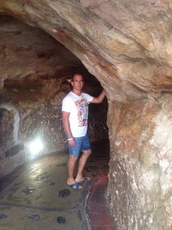 Cova d'en Xoroi: Es un lugar precioso! Ver la puesta del sol desde allí fui mágico, espectacular! La única pega q