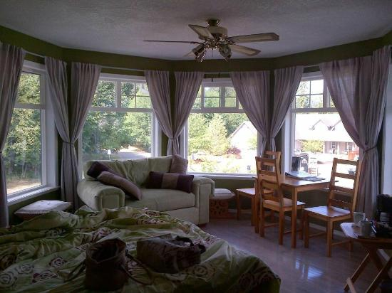 """Kidd's B&B: Such a peaceful beautiful room and """"friendly"""""""