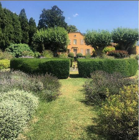 Le Pavillon de Galon: The House and Gardens
