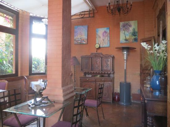 Le Pavillon de l'Emyrne: Breakfast :-)