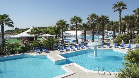 Centro Turistico Holiday: Panoramica piscine