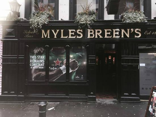 Myles Breens Bar