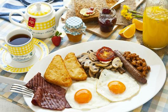 D'Arcy's Kitchen: English Breakfast