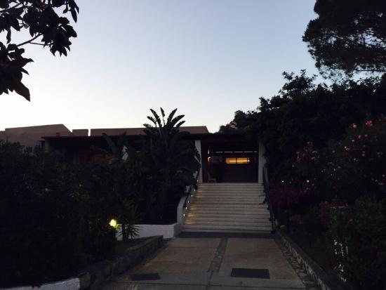 Сардиния, Италия – Рестораны, клубы, бары Сардинии