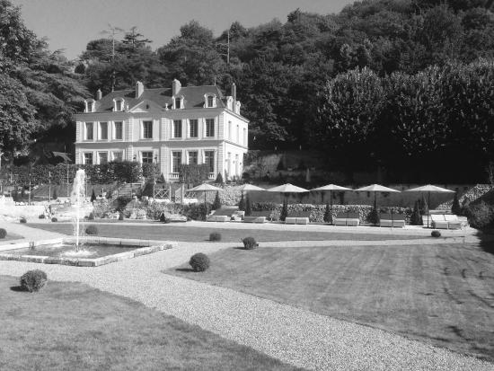 Chateau De L'Olivier