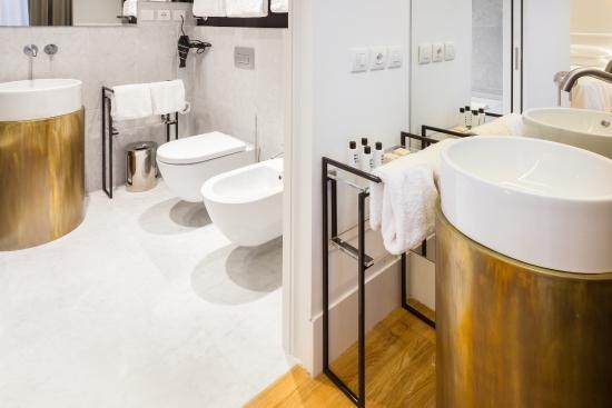 Senato Hotel Milano Bathroom Superior Room