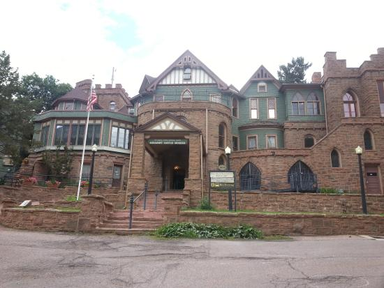 Pet Friendly Hotels In Manitou Springs Co