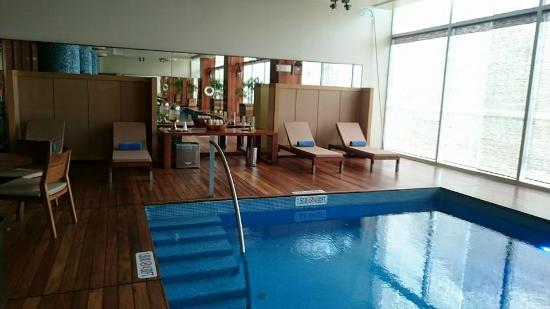 The Westin Lima Hotel \u0026 Convention Center Piscina interior \u0026 Spa
