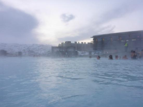 ‪‪Grindavik‬, أيسلندا: Bathing Outside in 40 degree in the SNOW - Amazing!!!‬