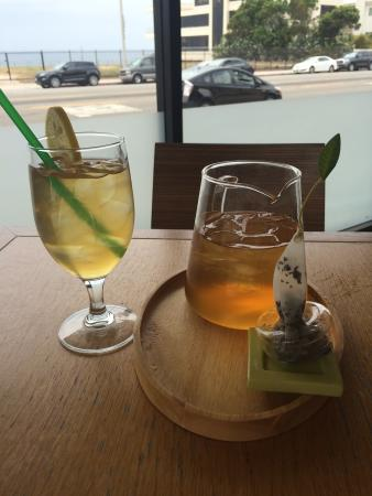 Plate : Iced Tea overlooking PCH and ocean