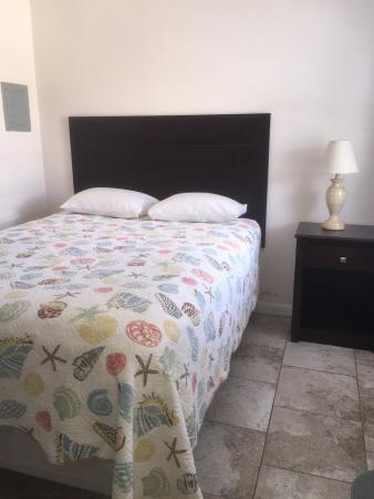 Gulf View Motel: Rooms 3 & 8 July 2015