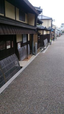 Street of Matsusaka Marchant: 少しではありますが古い街並みがあります