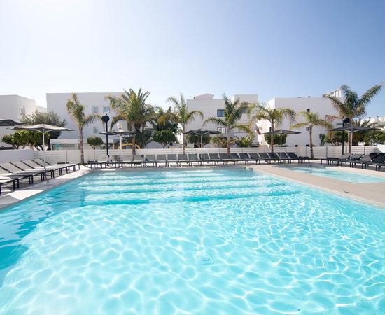 Migjorn ibiza suites spa hotel playa d 39 en bossa for Soggiorno ibiza