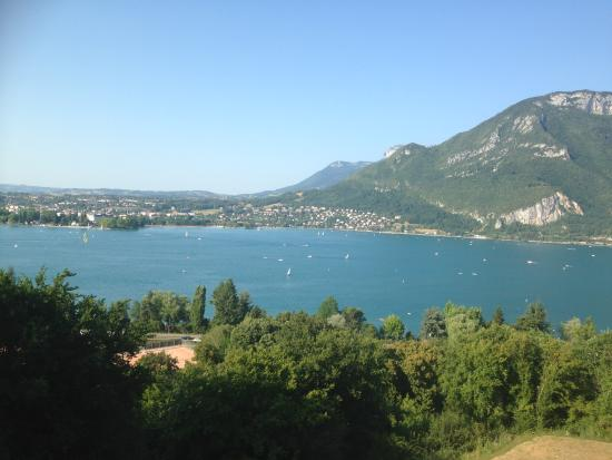 Vue Imprenable    - Picture Of Les Tresoms Lake And Spa Resort  Annecy