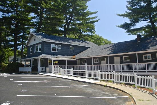 Kittery Inn and Suites