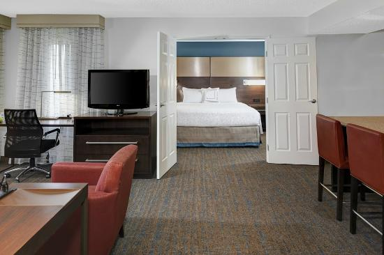 Residence Inn Cleveland Independence: Two bedroom suites