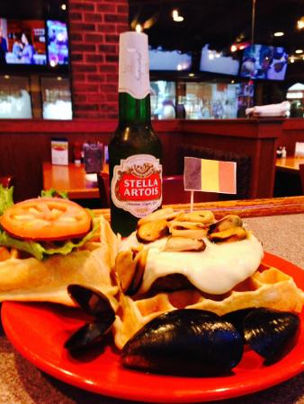 Damon's Sports Bar & Grill: Sporting event inspiration...Creatively prepared.