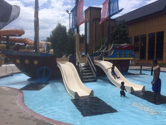 Polynesian Resort Hotel: Waterpark