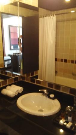 Sunbeam Hotel Pattaya : servizi