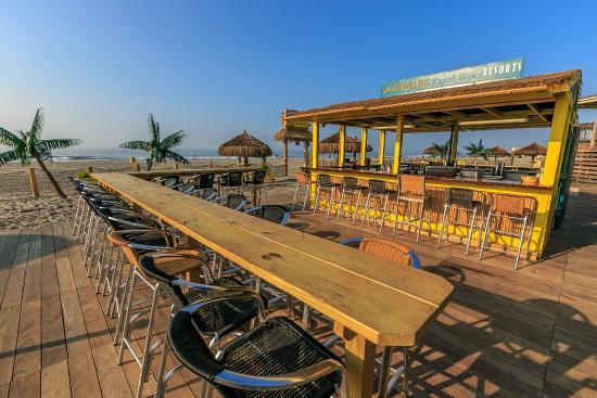 Resorts Atlantic City Landshark Beach Bar