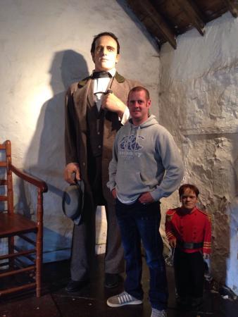 Giant Angus Macaskill Museum: Giant MacAskill Musuem
