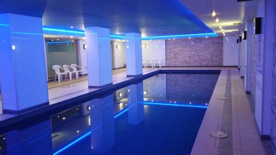 Atlantis Hotel Pool