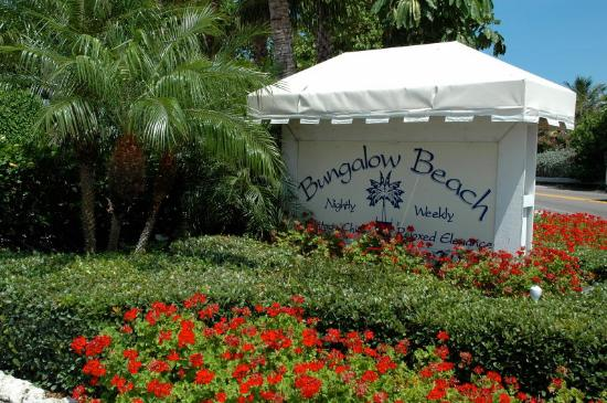 Bungalow Beach Resort: Our BBR sign!