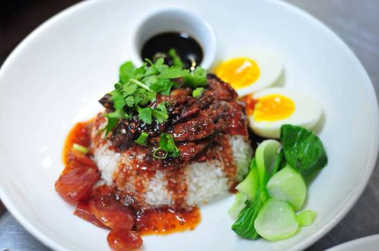 Senn Thai Comfort Food: Kao Moo Dang (roasted honey pork over rice)