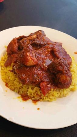 Nawal's Mediterranean Eatery: Famous Moroccan Chicken