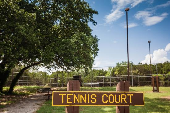 Whitney, TX: Tennis area