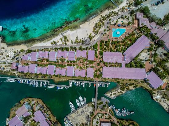Plaza Resort Bonaire: Bird view of the resort