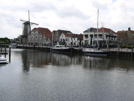 2018 laid pijpbeurt in de buurt Willemstad