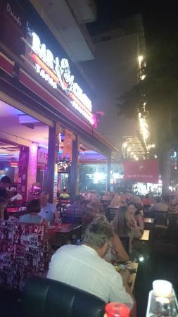 Bar Celona Tapas Bar: beautiful evening in Barcelona
