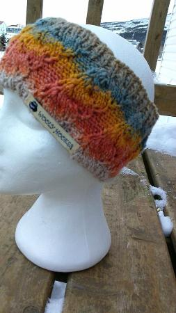 Brigus, Καναδάς: Hand Knit Head Bands by Wooly Hooker