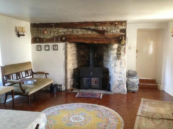 Cornerways Cottage : The hall