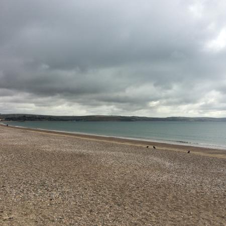 Sherborne Hotel Weymouth: The beach
