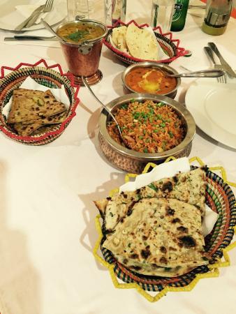 Pointe des almadies afbeeldingen reisfoto 39 s van pointe - Annapurna indian cuisine ...