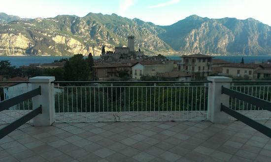 Hotel Alpi: Blick von der Terrasse