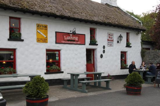 Larkin's Bar and Restaurant: Superbe  pub.