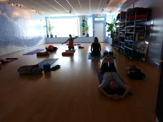 Asheville Yoga Center: Donation Studio