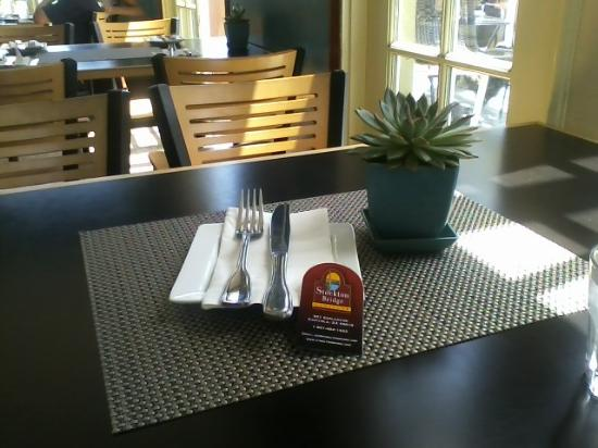 Stockton Bridge Grille: Peaceful table settings and atmosphere