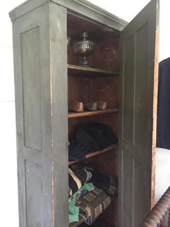 Yoder's Amish Home: photo4.jpg